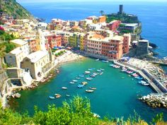hiking through Cinque Terre in Italy!