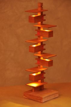 Light designed by Frank Llyod Wright, simply amazing...