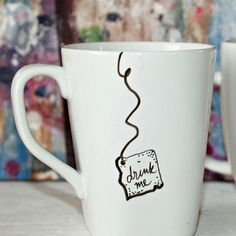 """Alice in Wonderland """"Drink Me"""" Mug"""
