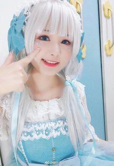 White and blue Kawaii Cosplay, Anime Cosplay Mädchen, L Cosplay, Asian Cosplay, Cute Cosplay, Amazing Cosplay, Cosplay Outfits, Belle Cosplay, Cute Asian Girls