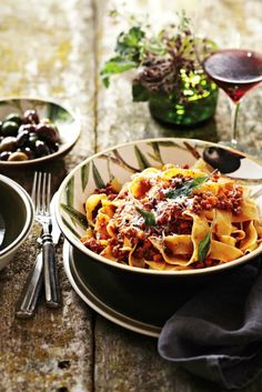 Pappardelle with Bolognese Sauce presented in our rustic Olive Branch Serve Bowl