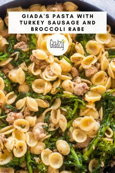 This super easy pasta dish comes together in 30 minutes, and with the addition of veggies and turkey sausage, it's a well-balanced meal that makes great leftovers the next day. You can definitely substitute the broccoli rabe with broccolini as well! Chicken Pasta Recipes, Easy Pasta Recipes, Dinner Recipes, Turkey Sausage Pasta, Sausage Broccoli Pasta, Healthy Pastas, Healthy Recipes, Pasta Facil, Giada Recipes