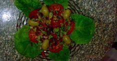 طريقة عمل سلطة الزيتون الاخضر والاسود السورية  بالصور, سلطة الزيتون, سلطة الزيتون والخضار, ضمن قسم سلطات و مقبلات  و وصفات الشيف نبيل ,سلطة الزيتون بالصور , سلطة الزيتون الأخضر , طريقة عمل سلطة الزيتون , تحضير سلطة الزيتون,سلطة الزيتون التركية,سلطة الزيتون منال العالم,سلطة الزيتون السورية,سلطة الزيتون الاسود,سلطة الزيتون الحارة,سلطة الزيتون الاخضر والاسود,سلطة الزيتون الاخضر بالصور,مكونات سلطة الزيتون Olive Salad, Stuffed Peppers, Vegetables, Green, Recipes, Food, Stuffed Pepper, Recipies, Essen