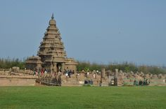 South India tours unleash a world of geographical delights and cultural wealth in front of travelers.