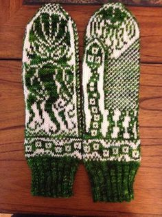 Ten Geeky Knitting Projects & Lightsaber Needles - GeekMom -- Several links to patterns!!
