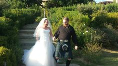 Our happy Scottish couple under the Tuscan Sun