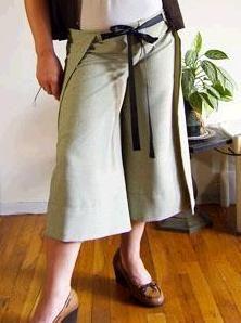 Tutorial: Easy wrap-around pants · Sewing | CraftGossip.com