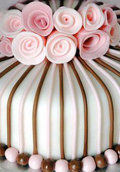 Cake-Decorating Class