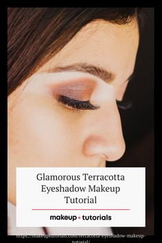 I invite you to try on terracotta eyeshadow if you want to know how to look like a goddess with just one shade. This tutorial will inspire your daily look. Click the pin for the ultimate goddess look. Diy Beauty, Beauty Hacks, Colorful Eyeshadow, Daily Look, Eyeshadow Makeup, Best Makeup Products, Terracotta, Makeup Tips, Invite