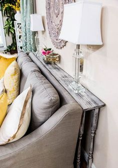 20+ Simple Sofa Table Decorating Ideas Behind Couch
