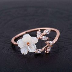 This Unique Vintage Moissanite Engagement ring set Forever Brilliant Antique Leaves Diamond Pink Sapphire wedding band leaf Bridal Jewelry is just one of the custom, handmade pieces you'll find in our engagement rings shops. Gold Bands, Diamond Wedding Bands, Wedding Rings, Wedding Gold, Cute Jewelry, Bridal Jewelry, Jewelry Accessories, Gold Jewelry, Jewelry Sets