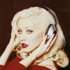Posiadaczka głosu o niezwykłej skali – Christina Aguilera http://womanmax.pl/posiadaczka-glosu-o-niezwyklej-skali-christina-aguilera/