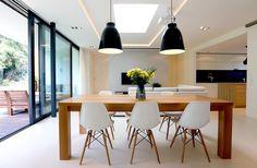Velký jídelní stůl tvoří dominantu obývací prostoru. Diy Projects For Teens, Diy For Teens, Easy Diy Projects, Easy Crafts, Diy Room Decor, Bedroom Decor, Home Decor, Teen Bedroom, Interior Design Living Room