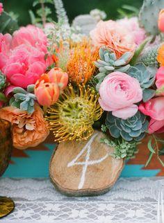 bodas en la playa o en el jardin y 25 ideas de numeros para mesas de bodas!