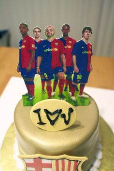 Yes...that's my boyfriend. You didn't know he plays for Barcelona? #soccer #boyfriend #cake #love