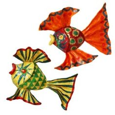 United Art and Education Art Project: Make some terrific fish sculptures using wire mesh and tissue paper!