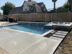Backyard Pool Landscaping, Backyard Pool Designs, Swimming Pools Backyard, Pool Spa, Backyard Ideas, Pool Ideas, Patio Ideas, Small Backyard Design, Small Backyard Patio