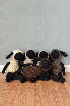 Free Universal Yarn Pattern : Sheldon Sheep and Friends