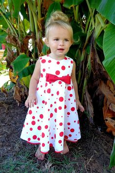 Child's dress made from vintage fabric ===> Size 2===> $45.00