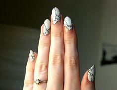 Broken pottery-inspired nails (via @POPSUGARBeauty) #nails #nailart