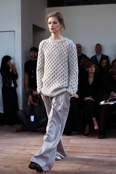 Michael Kors Fall/Winter 2014 (i will take this sweater in every colour and neutral possible please)