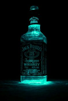 Glowing Jack Daniel's SWEET!!!!!!!!!!!!!!!!!!!!
