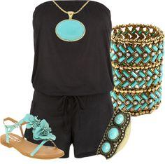 El turquesa color universal para todos los tonos de piel; es un look en el que los accesorios le dan vida al outfin