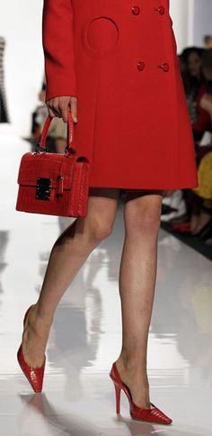 Love the bag and those heels! #red #heels