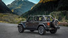 2018 Jeep Wrangler JL makes its official debut at the Los Angeles Auto Show Photo 9