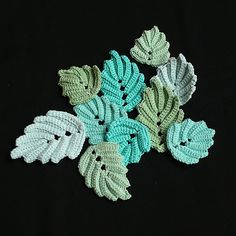 Crochet leaves ♥LCB-MRS♥ with step by step picture instructions, and written --- Bizzy Hands: Designer-For-A-Day