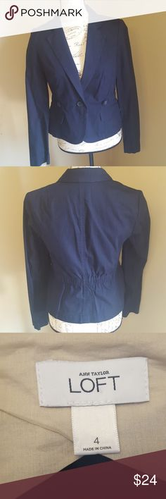 "Ann Taylor Loft navy crop blazer EUC size 4 Has an adjustable waist band to ensure you get a fitted look. Measurements are approximate and taken laying flat  Shoulder to shoulder 14 1/2"" Pit to pit 17"" Pit to wrist 17 1/2"" Pit to bottom hem 12"" LOFT Jackets & Coats Blazers"