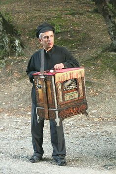 Georgian musician on the way to the Old Shuamta Monastery (Dzveli Shuamta) in the neighbourhood of Telavi in Kakheti Region.