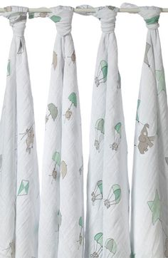 aden +anais swaddling cloths! Love these soft thin, breathable blankets. Perfect for hot weather.