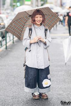 tokyo-fashion: Ayami on the street in Harajuku wearing a vintage checkered shirt with fried egg denim pants by the Japanese brand Amatunal (where she works), and Dr. Japan Street Fashion, Tokyo Fashion, Harajuku Fashion, India Fashion, Asian Street Style, Tokyo Street Style, Look Fashion, Korean Fashion, Fashion Outfits