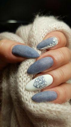 30 Beautiful Stone Nail Art Design Ideas #nailart