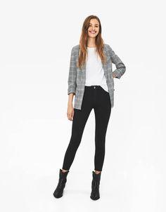 Κολάν με εφέ δέρματος - New - Bershka Greece Black Jeans, Fall, Pants, Style, Fashion, Autumn, Trouser Pants, Swag, Moda