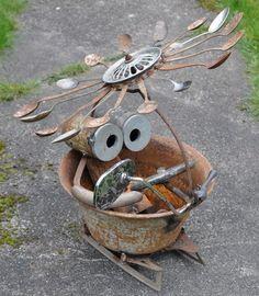Fliwa-Terrine, Skulptur aus Stahlschrott