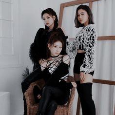 Kim Yuna, Kpop Aesthetic, Girl Group, Asian Girl, Idol, Celebs, Female, Paradise, Korea