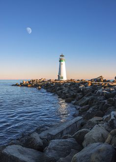 Twin Lakes Lighthouse