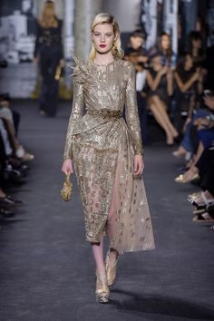 Couture Fall 2016 Trend: Metallics | Elie Saab Couture Fall 2016 [Photo: Giovanni Giannoni]