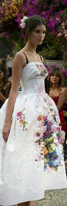 D&G...garden party chic V