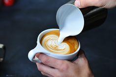 2015年1月17日(土)、ニューヨーク・ブルックリン発のコーヒーショップ「ゴリラコーヒー(GORILLA COFFEE)」が、東京・渋谷にグランドオープン。「ゴリラコーヒー」は、ブルックリンで200...