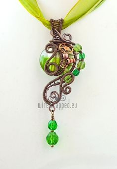 Green Steampunk pendant wirewrapped.eu