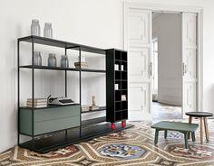 Aluminum uprights. LITERATURA OPEN - Cafe Culture + Insitu