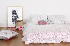 Feliz Home Sprinkle Sprinkle White & Fluoro Pink Organic Cotton Doona Cover   Buy Online