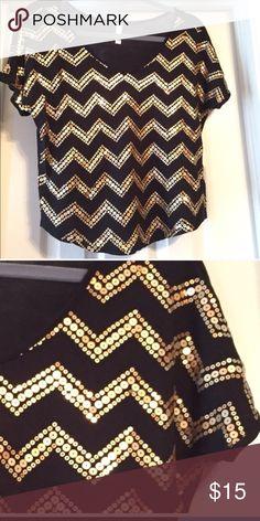 Top Beautiful Gold sequin chevron top   Never worn Tops Tunics