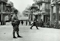 Pp Japanese forces invade Hong Kong 1941, December. Bill Gibson-Patmore. (curation & caption: @BillGP). Bill✔️