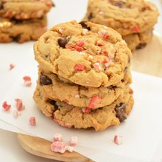 Peppermint and Biscoff Chocolate Chip Cookies #Christmas #cookies