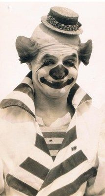 Repin for the sheer creepiness of the picture.  I figure, if I'm going to have nightmares, so should you!    Felix Adler ringling bros Circus 1931