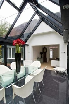 Trombé :: Contemporary Modern Conservatories and Conservatory Design London :: Contemporary Design Love the roof! Modern Conservatory, Small Tiny House, Outside Living, House Extensions, Big Houses, Glass House, Interior Design Inspiration, House Design, Garden Design